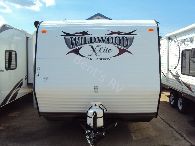 2013 FOREST RIVER WILDWOOD 195BH