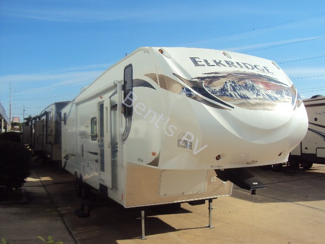 2013 HEARTLAND ELKRIDGE E30