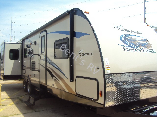 2014 COACHMEN FREEDOM EXPRESS 298REDS