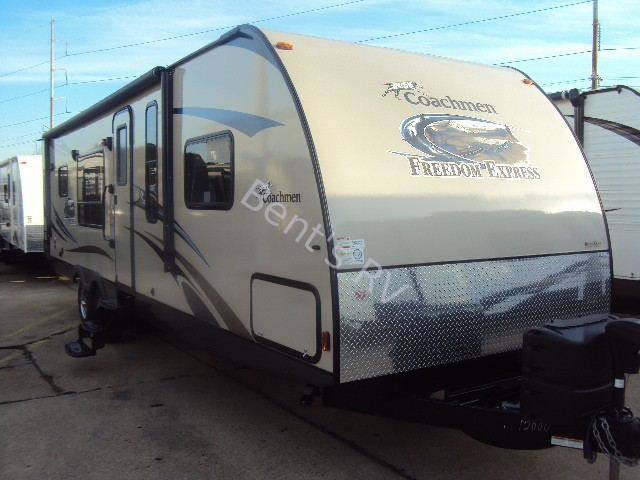 2014 COACHMEN FREEDOM EXPRESS 305RKDS