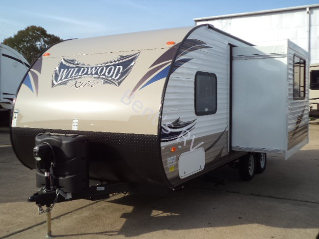 2014 FOREST RIVER WILDWOOD 231RBXL