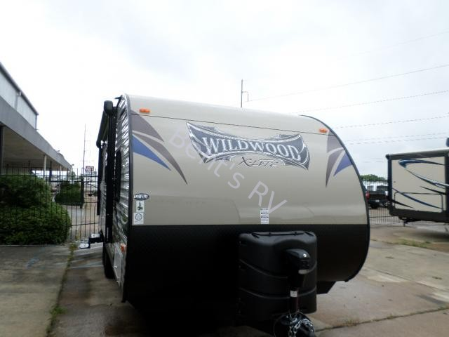 2014 FOREST RIVER WILDWOOD 231RB