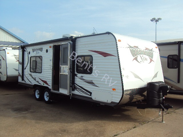 2014 FOREST RIVER WILDWOOD 241QBXL