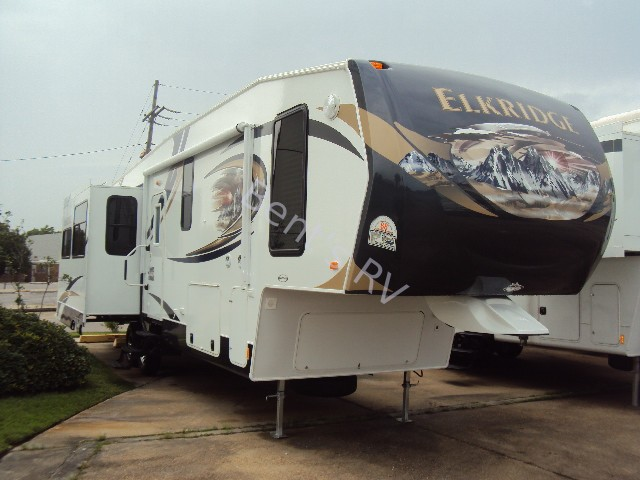 2014 HEARTLAND ELKRIDGE 32TSRE