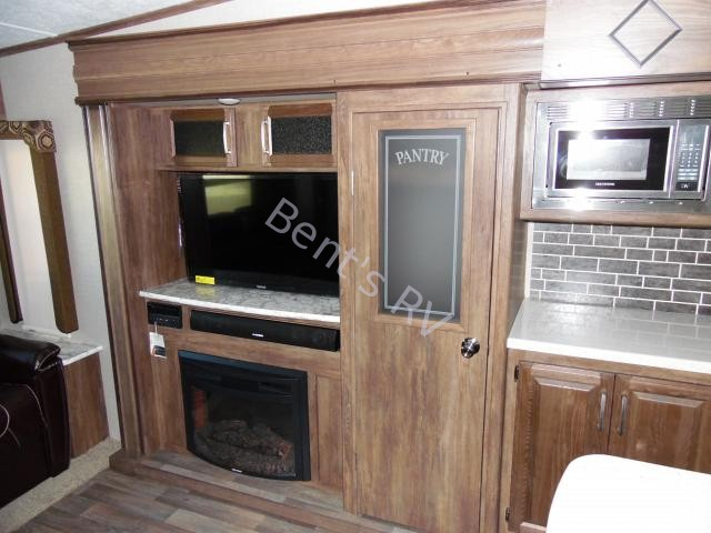 New  2017 37.8' Keystone Cougar 333mks Fifth Wheel in Boutte,