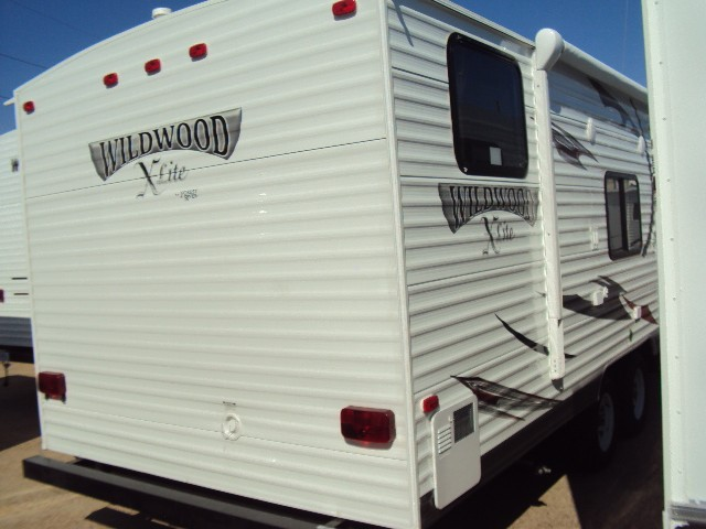2013 FOREST RIVER WILDWOOD 261BHXL