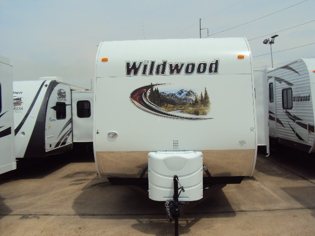 2013 FOREST RIVER WILDWOOD 31QBTS