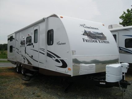 2013 COACHMEN FREEDOM EXPRESS 292BHDS