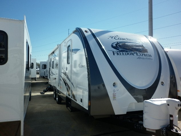 2013 COACHMEN FREEDOM EXPRESS 281RLDS
