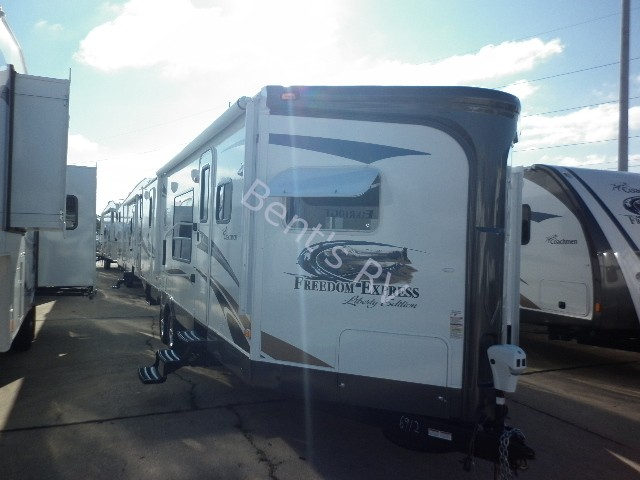 2013 COACHMEN FREEDOM EXPRESS 302FKV