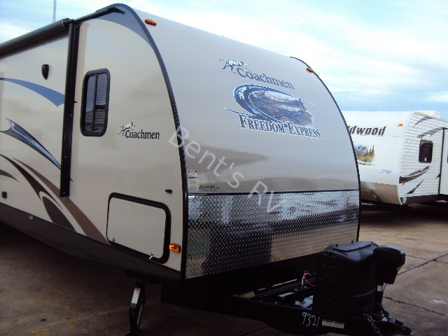 2013 FOREST RIVER FREEDOM EXPRESS 320BHDS