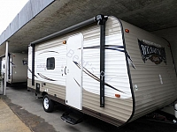 2016 FOREST RIVER WILDWOOD XLITE 195BH