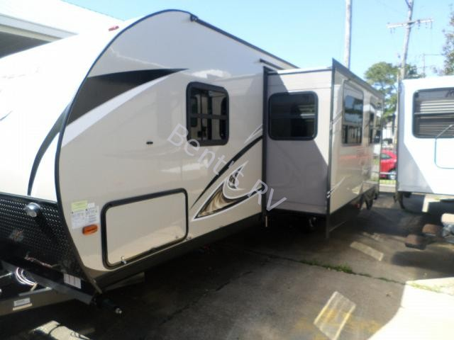 2017 FOREST RIVER TRACER M-265AIR