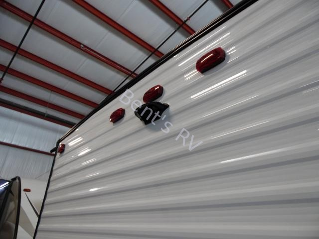 New  2018 22' Forest River Wildwood Xlite 197bh Travel Trailer in Boutte,