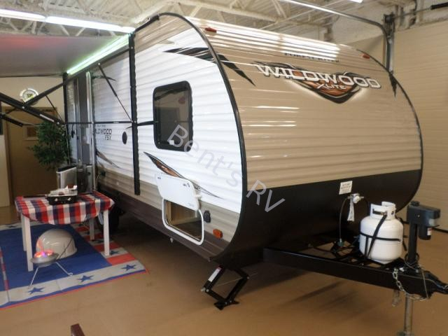 2018 FOREST RIVER WILDWOOD 200RK