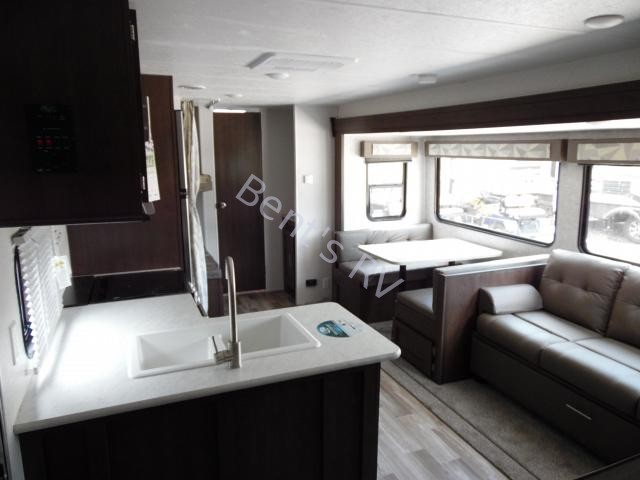 2019 FOREST RIVER WILDWOOD 26DBLE